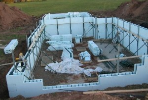 icf-walls-being-set-up
